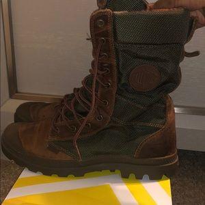Women's Palladium Pampa Tactical Boots